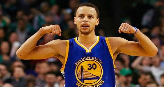 Stephen Curry, rekor sözleşme ile Golden State Warriors'ta kaldı